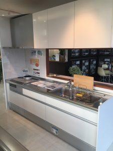 オリバー富山本店SRに展示中のキッチンお安く出せます!