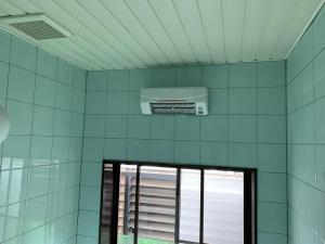 富山市 コロナ ウォールヒート等暖房機取付工事 施工しました!寒い冬にピッタリ!