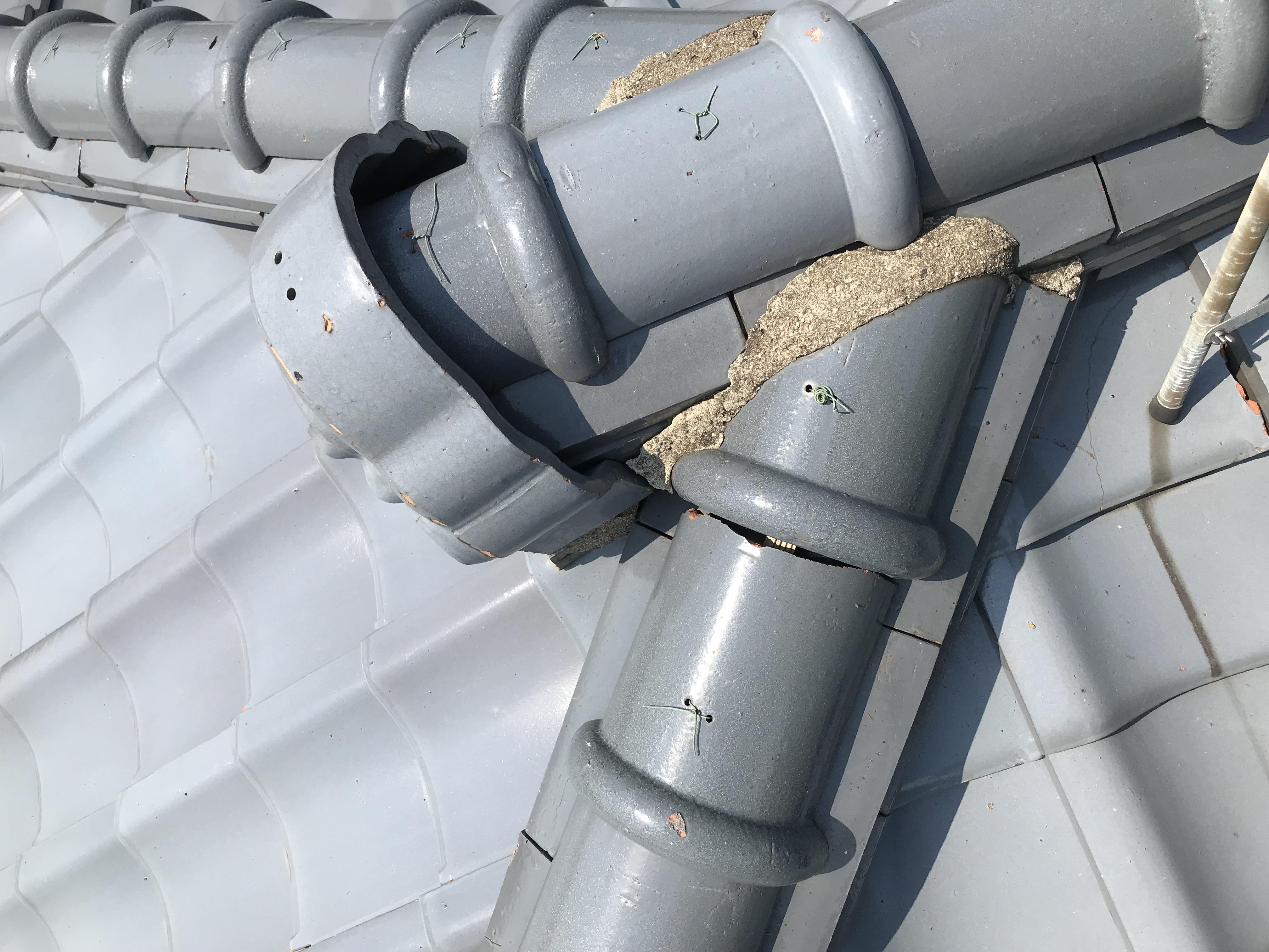 白山市にて瓦屋根 雨漏れ調査