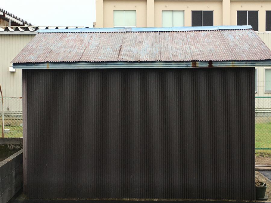 上市町 風害による納屋の板金工事