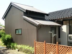 【GS-0153】納屋板金・エコキュート・トイレ交換工事